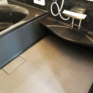 浴室カウンター(黒) 施工後